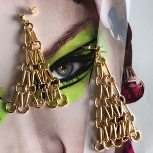 Gold chain drop chandelier earrings
